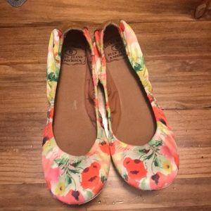Lucky Brand Shoes - Lucky Brand Emmie flats-EUC
